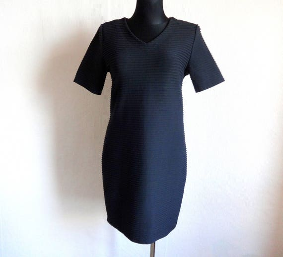 in Style Womens V Dress Designer Short Finnish Black Marimekko Designs Made Finland Neck Marimekko Sleeve Dress Clothing Classic q1wa8SE