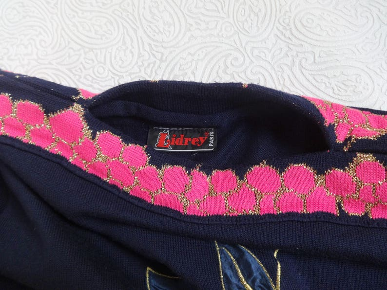 Vintage Sweater With Cherries Embellished Jumper Fashion 80s 90s Women/'s Clothing Dark Blue Pink Golden Metallic Thread