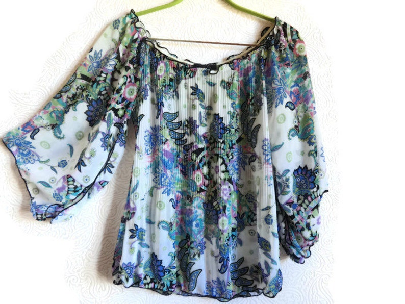 Vintage Floral Blouse Corrugated Blouse Sleeves With Slit Wide Sleeves Women/'s Summer Clothes Fashion 90s White /& Blue Blouse Women/'s Top