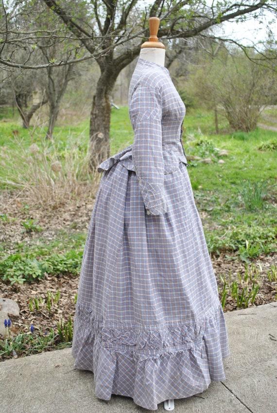 Antique Dress 1880 Plaid Cotton Bustle Dress, 2 P… - image 2