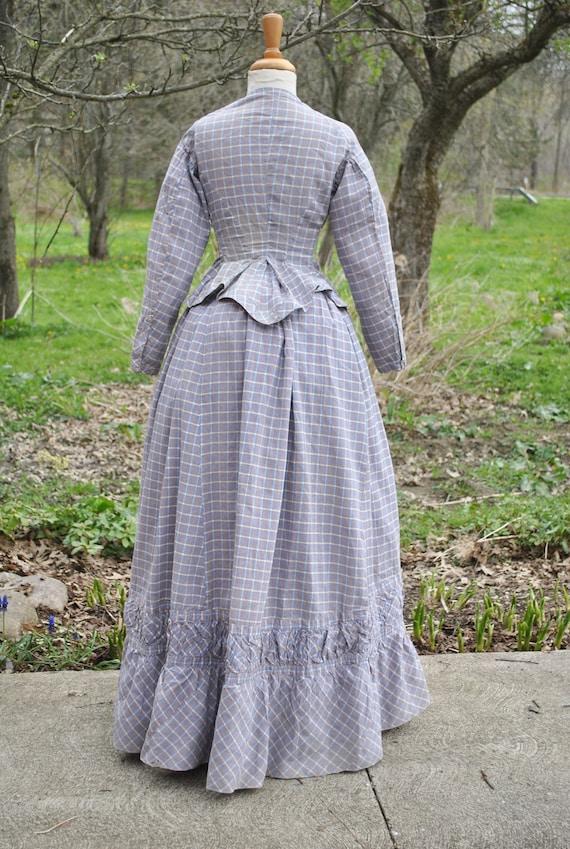 Antique Dress 1880 Plaid Cotton Bustle Dress, 2 P… - image 5