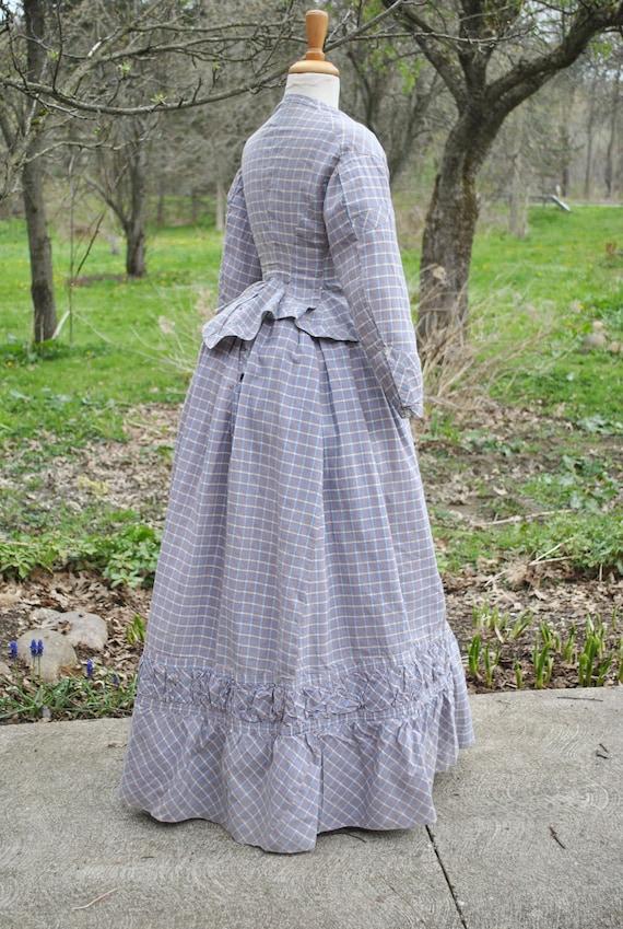 Antique Dress 1880 Plaid Cotton Bustle Dress, 2 P… - image 3