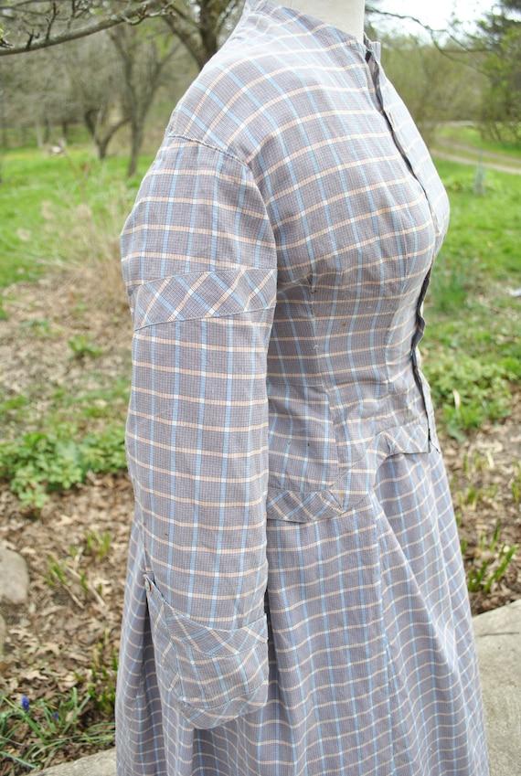 Antique Dress 1880 Plaid Cotton Bustle Dress, 2 P… - image 8