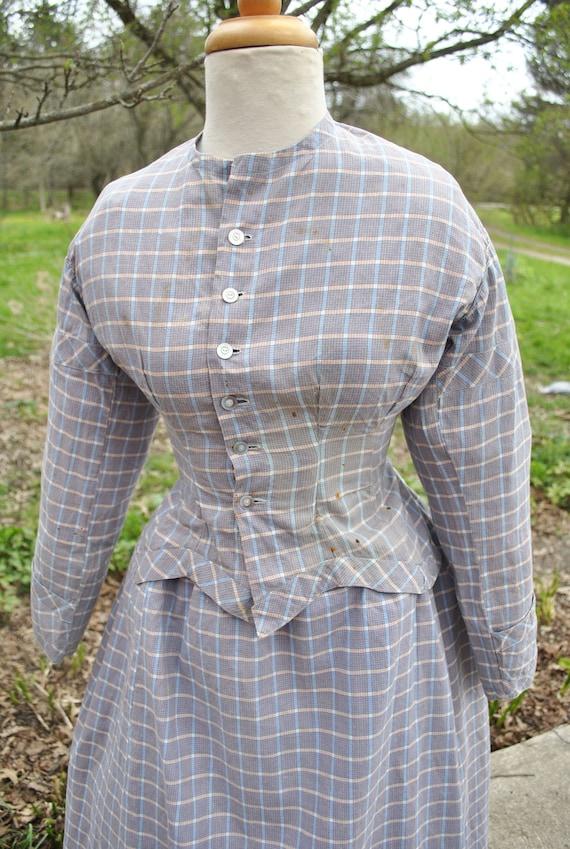 Antique Dress 1880 Plaid Cotton Bustle Dress, 2 P… - image 6