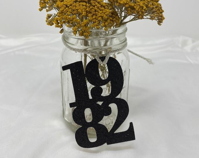 1982 Mason Jar Tags, Class Reunion 1982, Class Reunion Centerpiece, Class of 1982 Decoration, Class Anniversary, Prom, School, University