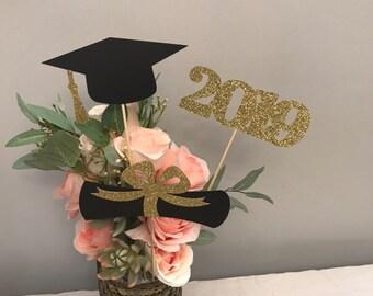 6351d60e7bc5 Graduation party decorations 2019