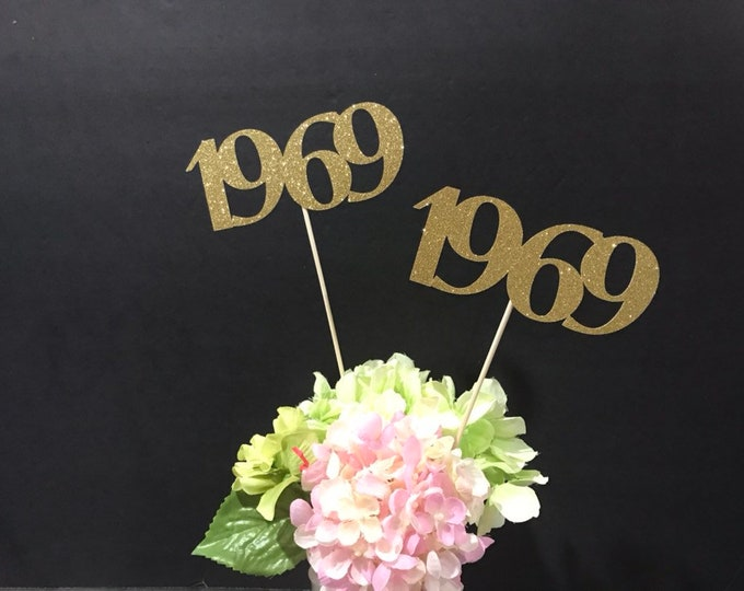 Class of 1969 Centerpiece Decoration, 50th Class Reunion Centerpiece Stick, Class of '69 Memorabilia Table Decoration, 50th Reunion