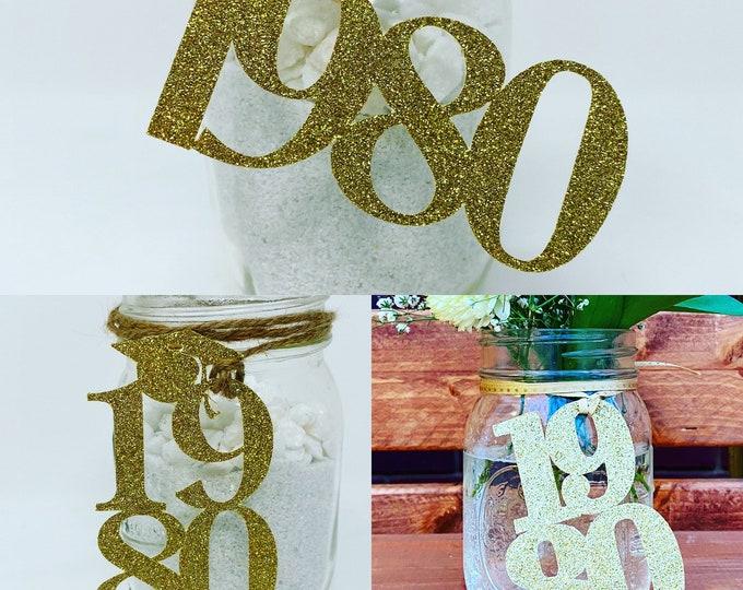 1980 Mason Jar Tags, Class Reunion 1980, Class Reunion Centerpiece, Class of 1980 Decoration, Class Anniversary, Prom, School, University