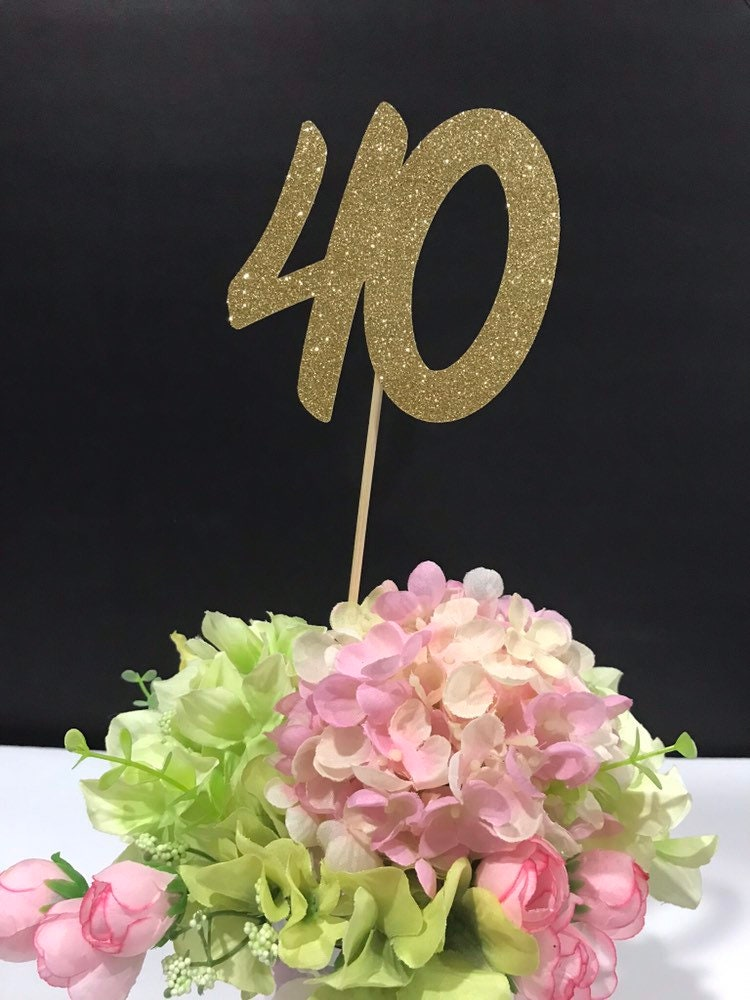 40th Birthday Table Decorations 1