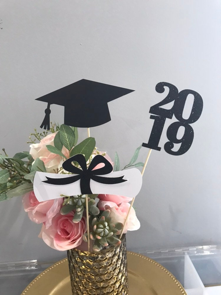 Graduation party decorations 2019, Graduation Centerpiece