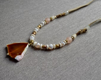 Callie Agate Necklace