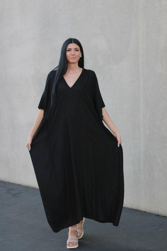 Black Kaftan Dress Robe Dress Black Caftan Pocket Dress Loose Maxi Dress Black Maxi Dress Plus size Dress Hand Painted Caftan Dress
