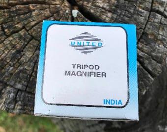 Magnifier - Tripod Design