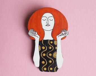 Klimt Pin, Art Pin, Feminist Pin, Wooden Brooch, Girlfriend Gift, Gift for Her, Laser Cut Brooch, Lapel Pin, Art Lover Gift, BFF Gift