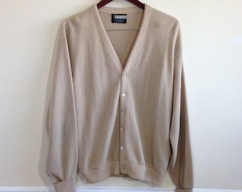 19de7fec66 Vintage 1960s Pine State Acrylic Beige Cardigan Golf Sweater - Size Large -  USA Made