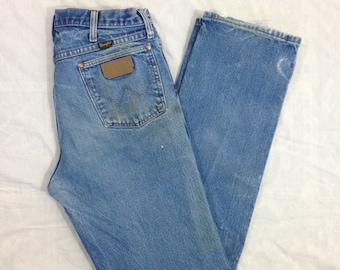 b5d46b66 Vintage USA Wrangler Straight Leg Cowboy Cut Rodeo Jeans - 34x33 (measured)