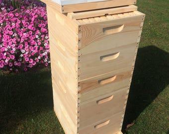 2 deep 3 medium w/ frames beekeeping kit Un-Assembled