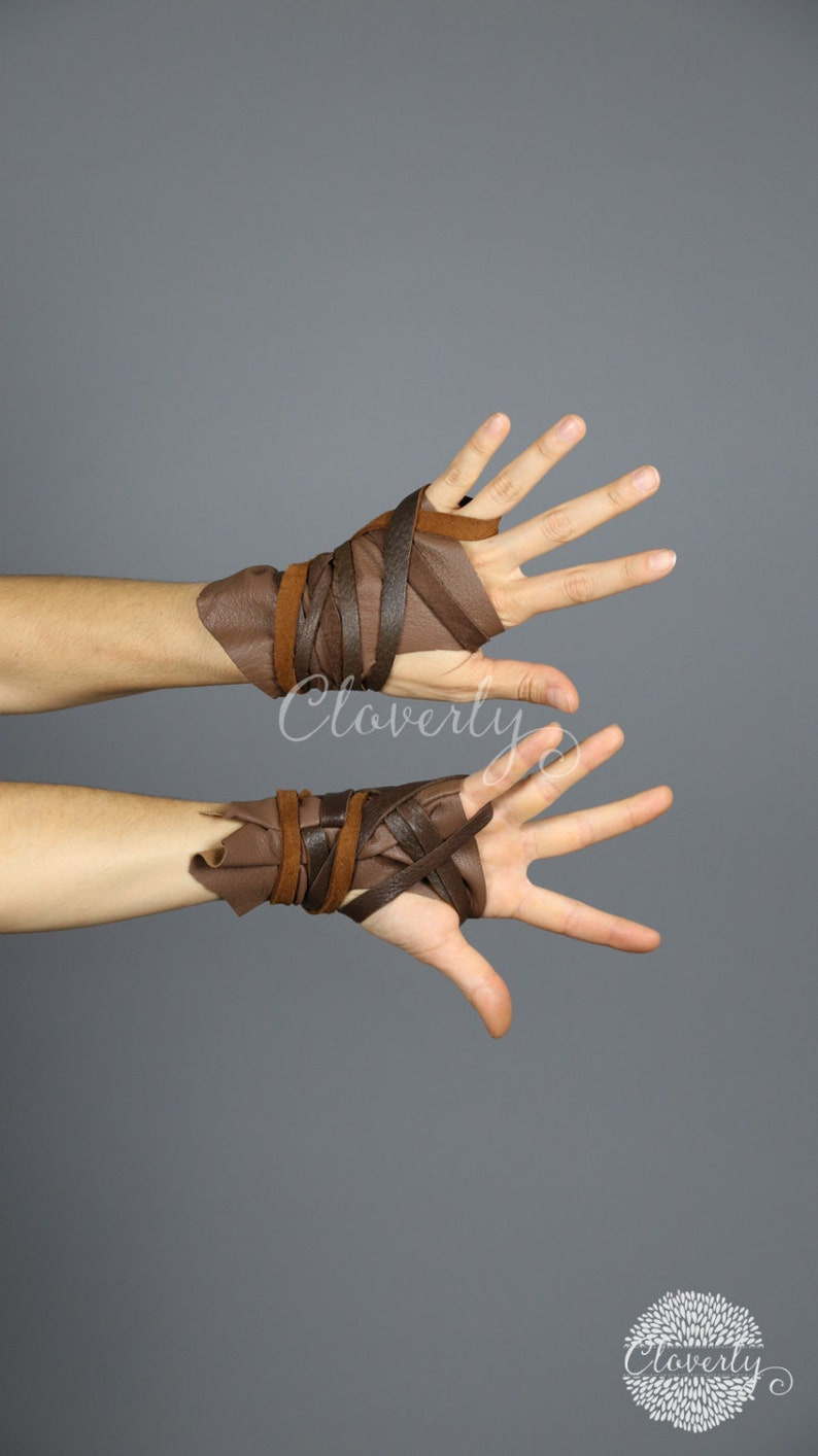 Short Khaleesi Daenerys Halloween Costume Wonder Woman Cosplay Mad Max LARP Belly Dance Burning Man Light Brown Fingerless Leather Gloves