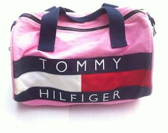 622c918f45 Vintage 90s Tommy Hilfiger duffle Pink bag.