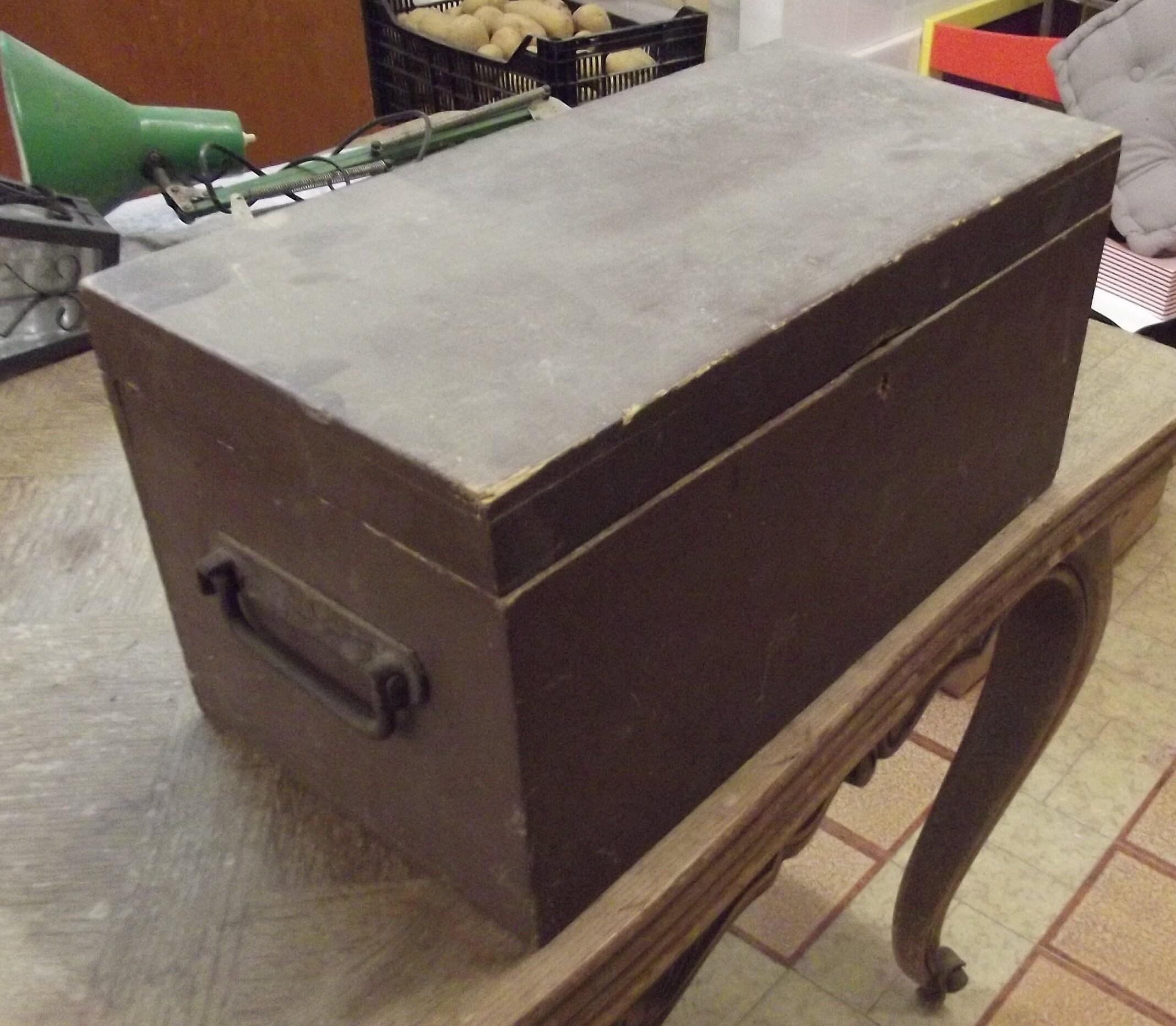 Malle Coffre En Bois Ancien ancien coffre coffret malle valise boîte à outils vintage bois vide old  chest box set malle suitcase vintage toolbox wood empty truhe malle