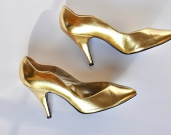 0c2dee3f5c15 Vintage Gold Leather Heels w/ Wave Silhouette, 7.5M, Norman Kaplan Las  Vegas, Disco/1970s/Studio 54/Hollywood Glam/1940s/50s/Pinup/Burlesque