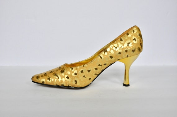 90s Gold Leopard Print Pumps by Wide Rose, Size 7.