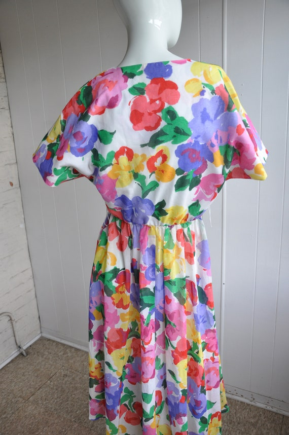 Rainbow Flower Dress, Vintage Size 6/Small, Water… - image 6