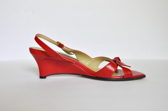 90s BOMBSHELL Red Leather Square Toe Bow-tie Wedg… - image 2