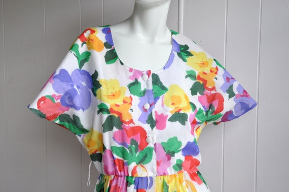 Rainbow Flower Dress, Vintage Size 6/Small, Water… - image 3