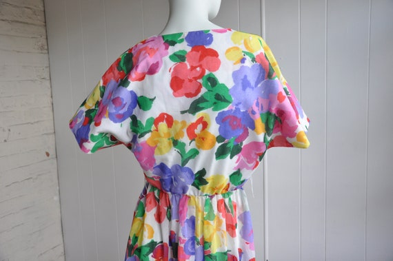 Rainbow Flower Dress, Vintage Size 6/Small, Water… - image 4