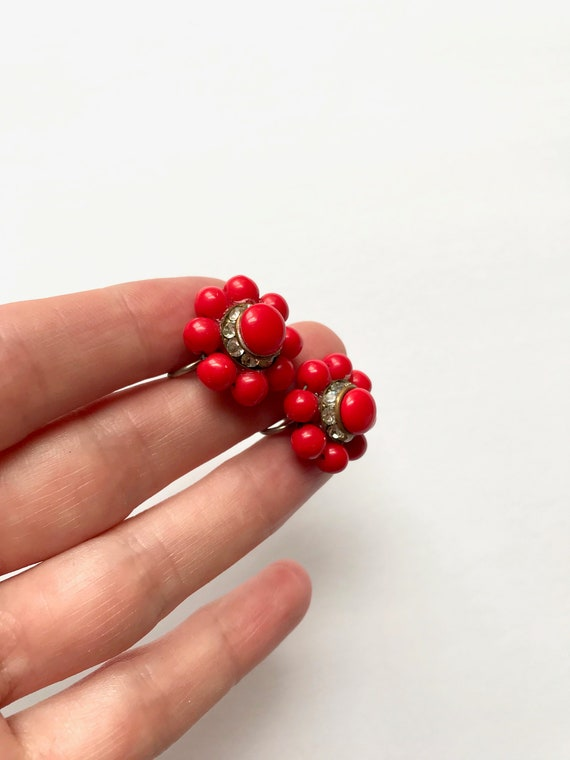 40s Red Bead and Swarovski Crystal Knot Screw-bac… - image 2
