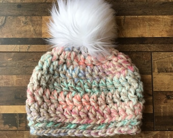 Pom Pom beanie, baby hat, 0-3 month beanie, 3-6 month beanie, crochet beanie, 6-12 month beanie, toddler beanie, small child beanie