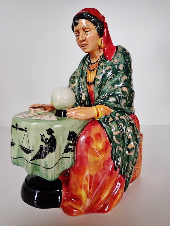 """MINT CONDITION!~ FORTUNE TELLER FIGURINE /""""ROYAL DOULTON 1954 ENGLAND porcelian"""