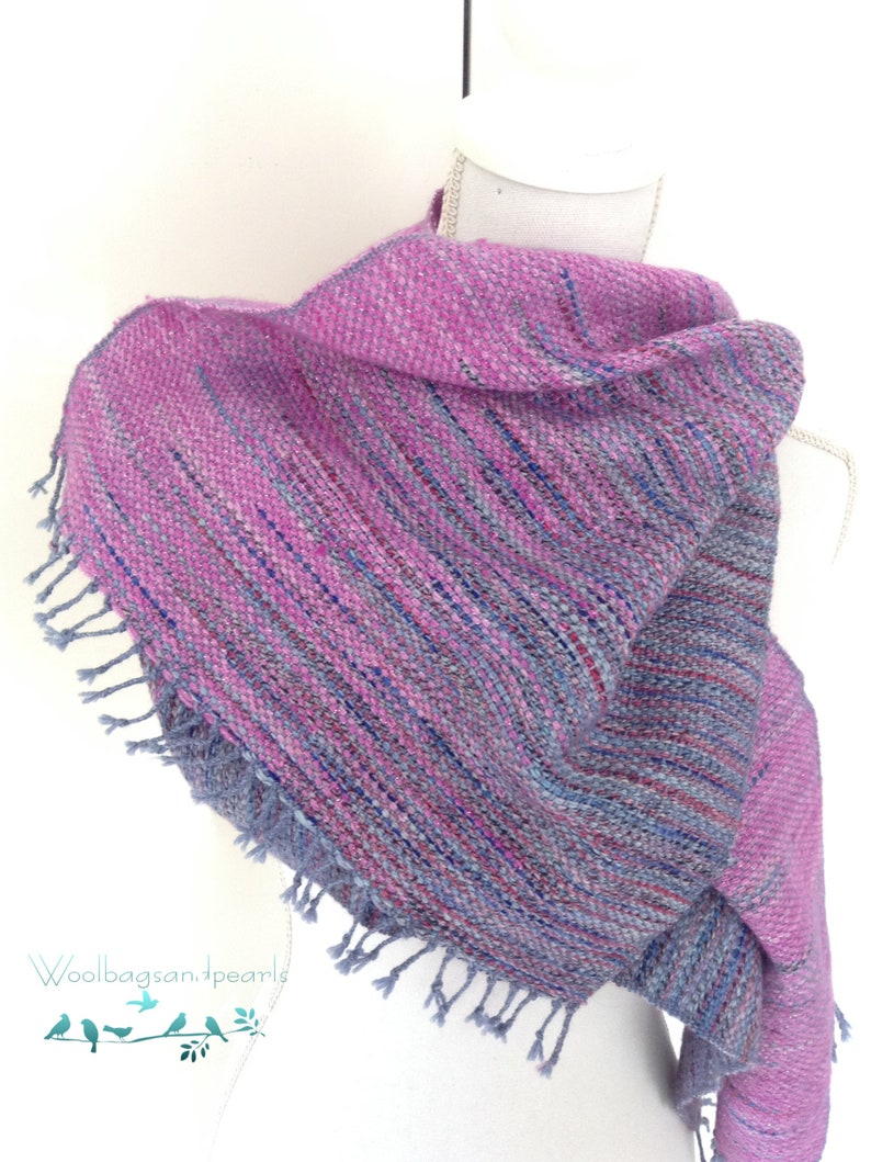 Hand-woven scarf made of self-dyed wool image 0