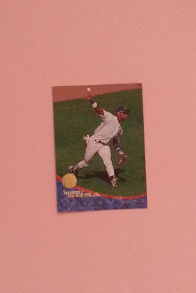 Sammy Sosa 1994 Leaf Baseball Card 98 Chicago Cubs Vintage Mlb Cards Collectible Cards Sosa Card Mlb Collectibles Trading Card