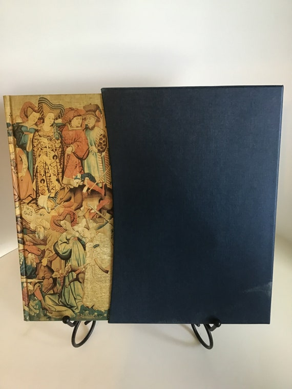 The Pastons A Family In The War of The Roses Richard Barber Editor (Folio Society London)