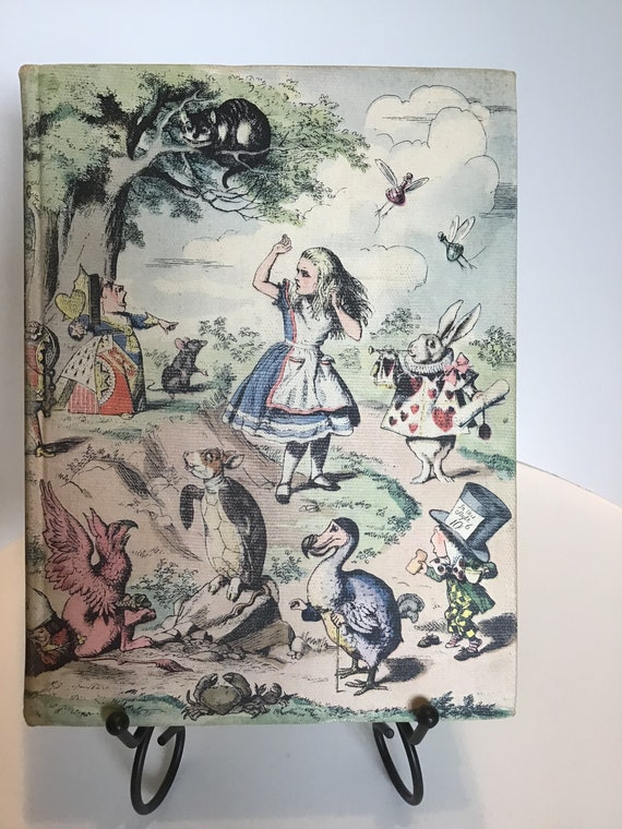 Alice in Wonderland and Through The Looking Glass by Lewis Carroll  1946 Illustrated Jr. Library