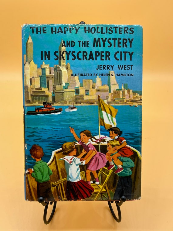 The Happy Hollisters and the Mystery in Skyscraper City by Jerry West