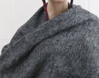 Made in Nepal - Thick High Quality Yak Wool Blanket Size Shawl - Blended for Extra Softness and Comfort - Black and White (Grey) Nepal
