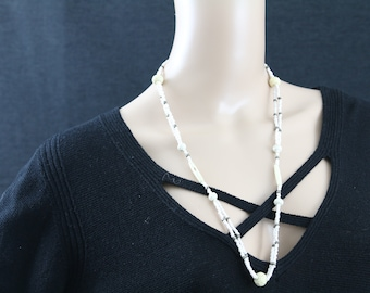 Made in Nepal - Jewelry - Yak Bone and  Necklace - White Yak Bone and Glass Bead