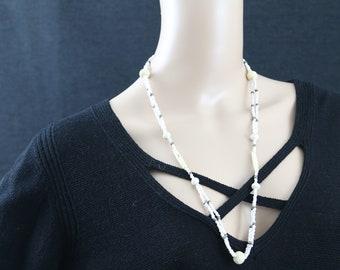 Made in Nepal - Jewelry - Yak Bone and  Necklace - White Yak Bone and Glass Bead