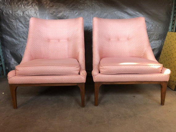 Fantastic Vintage Mid Century Modern Pink Slipper Chairs In The By Lawrence Peabody For Richardson Nemschoff Dailytribune Chair Design For Home Dailytribuneorg