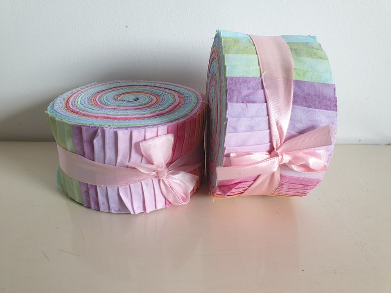 Batik 100/% Cotton Fabric Quilter Jelly Roll 40pcs x112cm x 6.35cm Baby Pastels