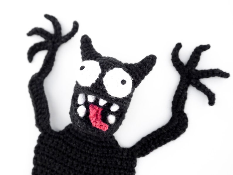 Monster Bookmark Crochet Pattern  Amigurumi PDF Pattern image 0