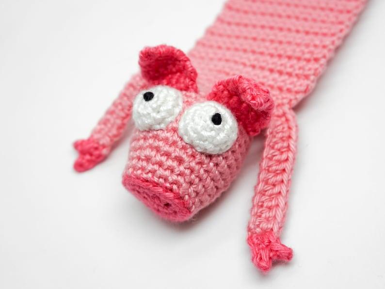Pig Bookmark Crochet Pattern  Amigurumi PDF Pattern image 0