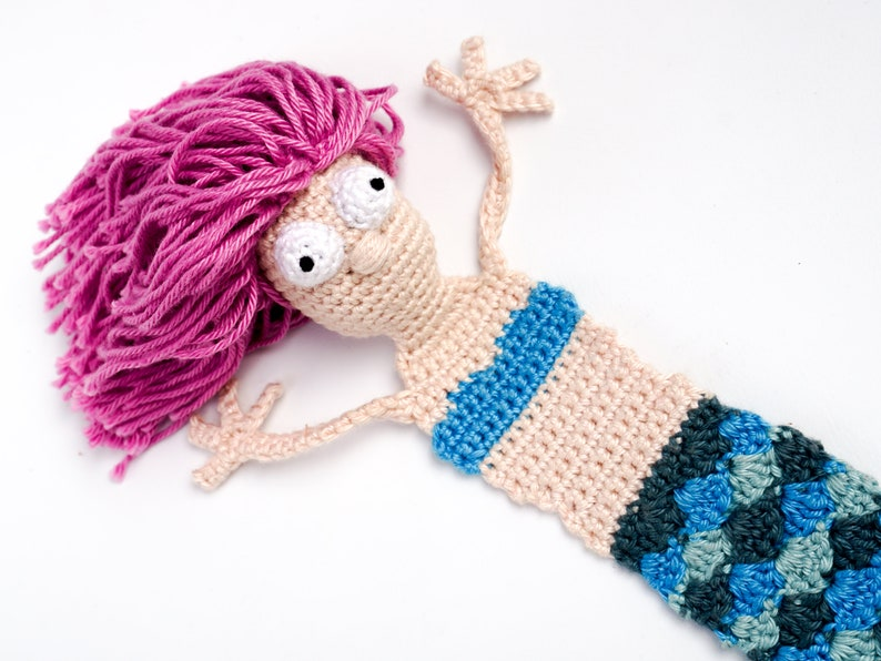 Mermaid Bookmark Crochet Pattern  Amigurumi PDF Pattern image 0