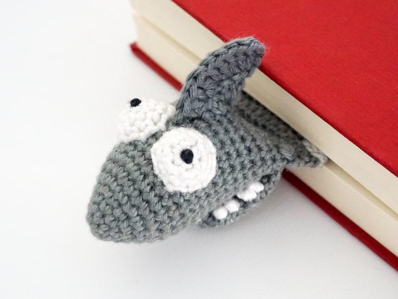 Shark Bookmark Crochet Pattern  Amigurumi PDF Pattern image 0
