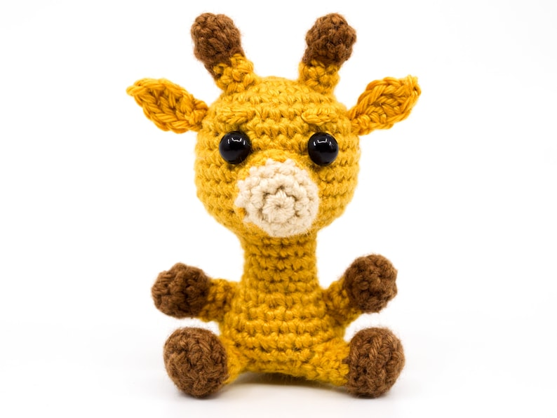 Mini Giraffe Crochet Pattern  Amigurumi PDF Pattern image 0