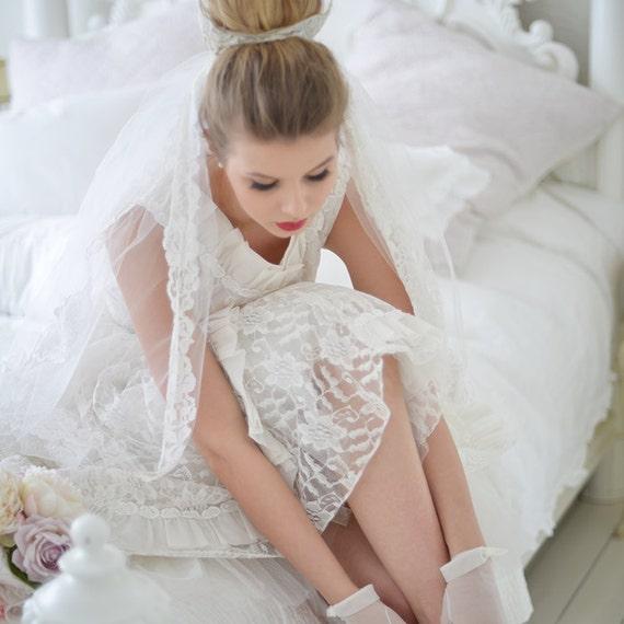 Vintage 50s tea length wedding dress - image 2
