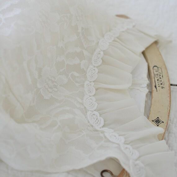 Vintage 50s tea length wedding dress - image 4
